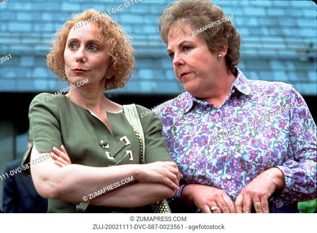 1994, Film Title: SERIAL MOM, Director: JOHN WATERS, Studio: SAVOY, Pictured: MARY JO CATLETT, MINK STOLE. (Credit Image: SNAP/ZUMAPRESS.com)