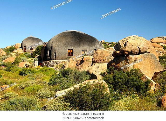 Namakwa Mountain Suite, überdimensionierte strohgedeckte, kuppelförmige Unterkunft im Stil der traditionellen Hütten des Nama-Volks, Naries Namakwa Retreat
