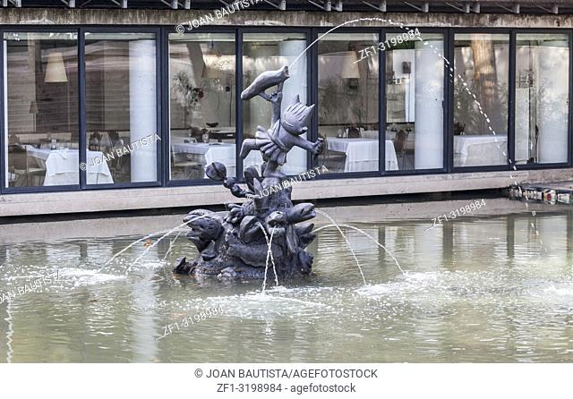 Fountain, statue of Cobi, by Xavier Mariscal. Cobi was olympic mascot of 1992 summer olympics, Vila Olimpica, Barcelona