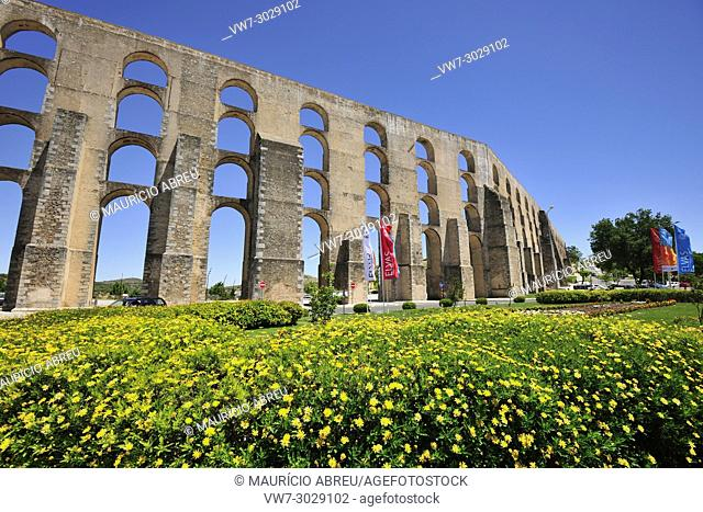Amoreira aqueduct dating from the 16th century, a Unesco World Heritage Site. Elvas, Portugal