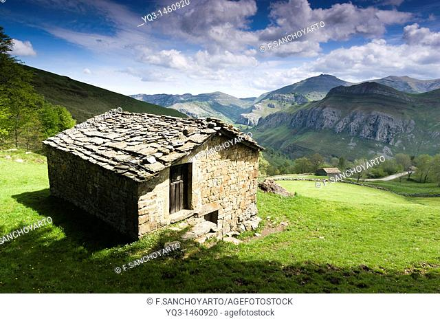 Typical cabin in the Valle del Miera valley, Cantabria, Spain