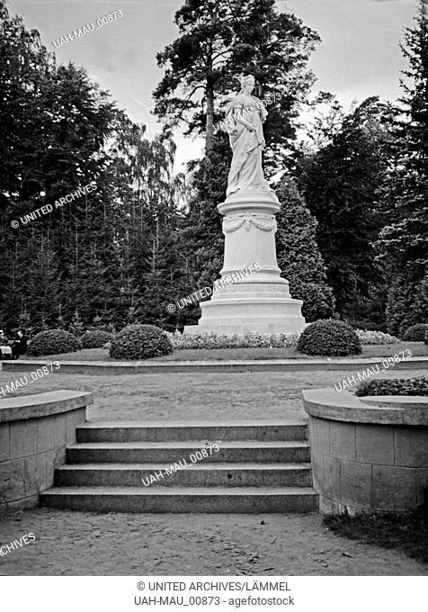 Das Königin Luise Denkmal in Tilsit, Ostpreußen, 1930er Jahre. Queen Louise Monument at Tilsit, East Prussia, 1930s