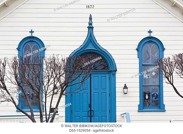 USA, California, San Francisco Bay Area, Half Moon Bay, doorway of the Community United Baptist Church