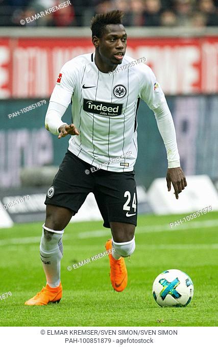 Danny DA COSTA (F) with Ball, Einzelaktion with Ball, Aktion, ganze Figur, Hochformat, .Fussball 1. Bundesliga, 27. matchday, Eintracht Frankfurt (F) - 1