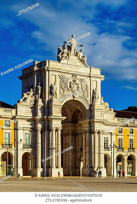 Portugal, Lisbon, Commerce Square, View of the Rua Augusta Arch