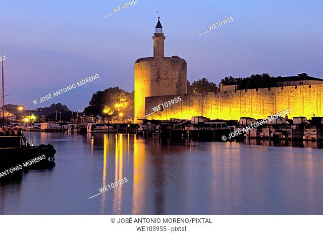 Constance Tower at dawn, Aigues-Mortes. Petite Camargue, Gard, Languedoc-Roussillon, France