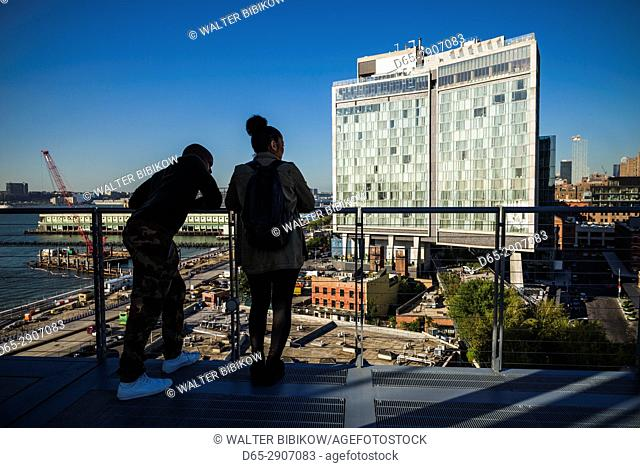 USA, New York, New York City, Lower Manhattan, The Standard Hotel, elevated view