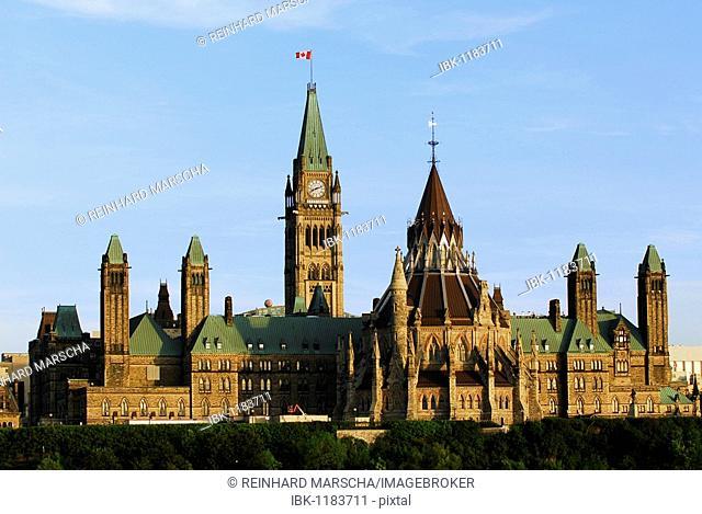 Parliamentary building, Parliament Hill, Colline du Parlement, Ottawa, Ontario, Canada