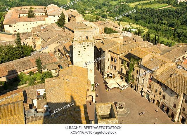 Piazza della Cisterna and Town view, San Gimignano, Tuscany, Italy