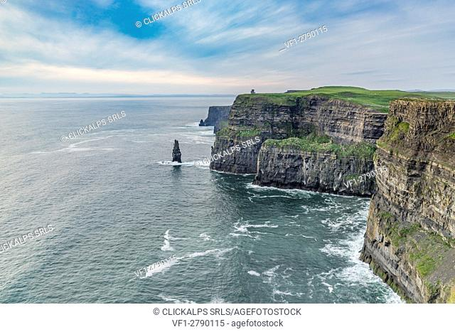 O'Brien's Tower and Breanan Mór rock. Cliffs of Moher, Liscannor, Munster, Co. Clare, Ireland, Europe