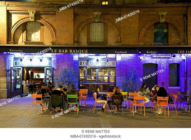 France, Haute Garonne, Toulouse, banks of the Garonne river, Place Saint Pierre, bar