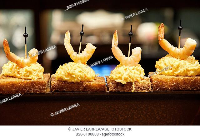 Bar restaurant Xarma, Pintxos, Gastronomic tour, Donostia, San Sebastian, Gipuzkoa, Basque Country, Spain, Europe