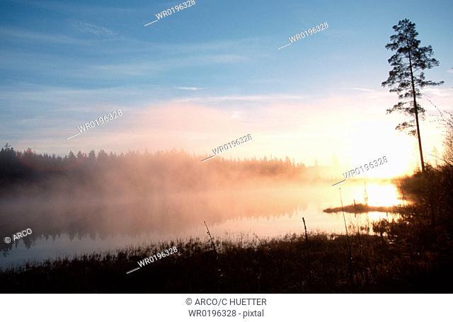Sunrise, at, lake, Sweden