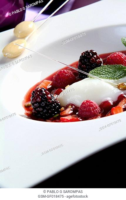 Large strawberry with forest fruit and vegetables al dente