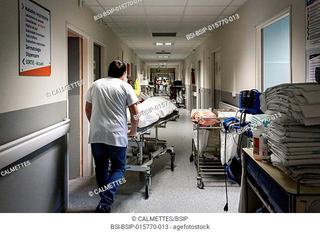 A man has just died in the hospital. He is taken to the death chamber. Hospital. Aix en Provence,PACA,FRANCE