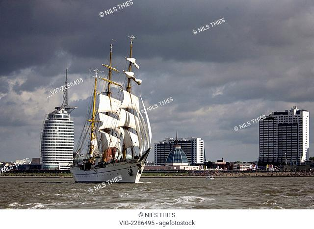 GERMANY, BREMERHAVEN, 25.08.2010, Sailer Gorch Fock with the Skyline of Bremerhaven - Bremerhaven, Bremen, Germany, 25/08/2010