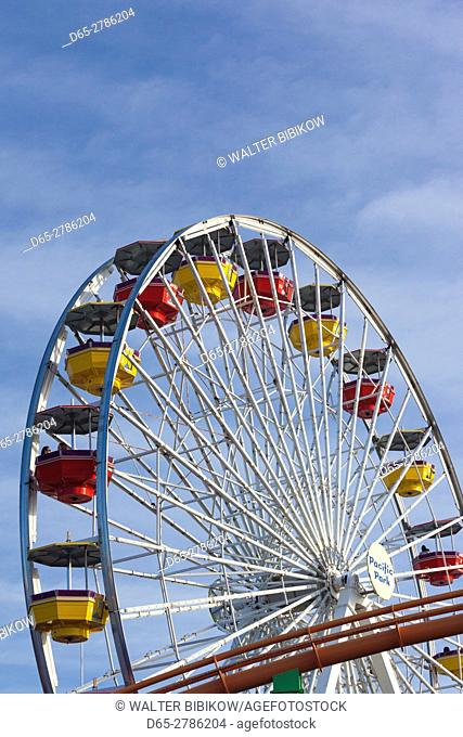 USA, California, Los Angeles-area, Santa Monica, Santa Monica Pier, ferris wheel