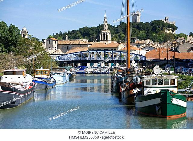 France, Gard, Beaucaire, Canal du Rhone