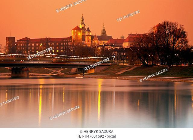 Poland, Lesser Poland, Krakow, Wawel Castle at sunrise