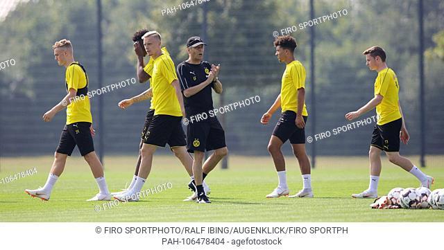 firo: 12.07.2018, football, 1.Bundesliga, season 2018/2019, BVB, Borussia Dortmund, training, coach Lucien FAVRE, with players, Marius WOLF   usage worldwide
