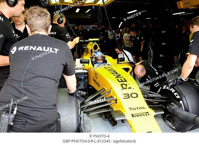 02.09.2016 - Free Practice 2, Jolyon Palmer (GBR) Renault Sport F1 Team RS16