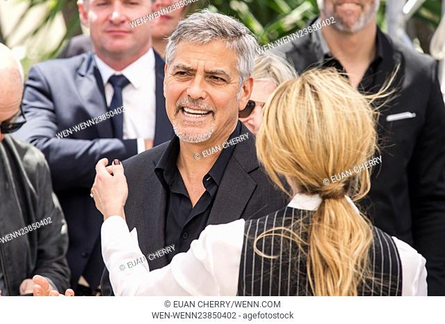 69th Cannes Film Festival - 'Money Monster' - Photocall Featuring: George Clooney, Julia Roberts Where: Cannes, France When: 12 May 2016 Credit: Euan...