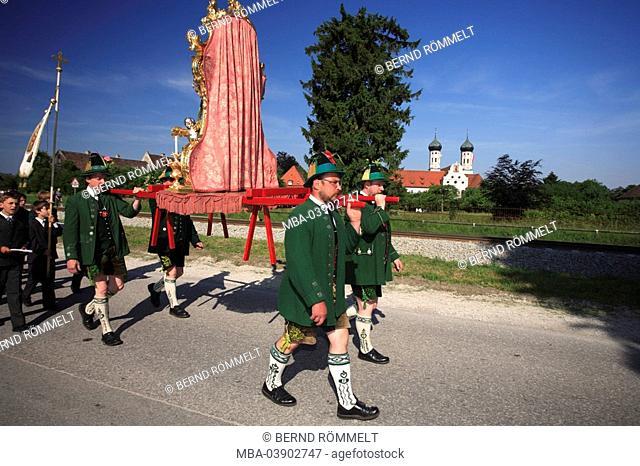 Germany, Bavaria, Benediktbeuern, Feast of Corpus Christi-procession, men, saint-figure, carries