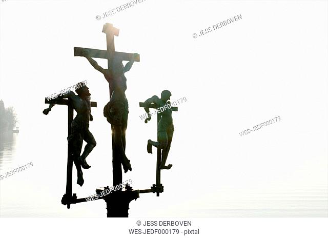 Germany, Baden-Wuerttemberg, Constance district, wayside cross at Lake Constance near Mainau