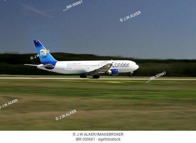 Condor Airbus Boeng 767 itakes off at Frankfurt Airport, Hesse, Germany