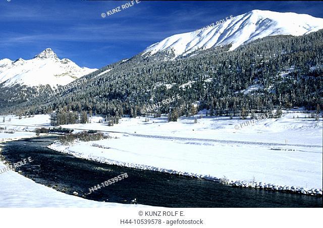 10539578, near Zuoz, Engadine, river, flow, Inn, Graubünden, Grisons, Piz Quattervals, snow, Switzerland, Europe, winter