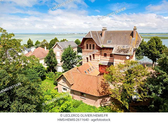 France, Somme, Baie de Somme, Saint Valery sur Somme, view of the town and bay