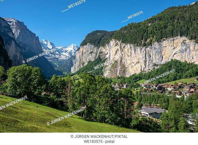 View into the Lauterbrunnen Valley with Staubbach Falls, Lauterbrunnen, Bernese Oberland, Switzerland, Europe