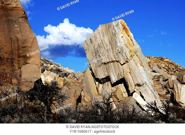 USA, Idaho, Boise, Table Rock Butte, Fallen Boulders at the Quarry