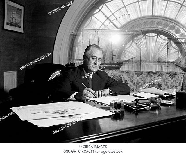 U.S. President Franklin Roosevelt Signing Bills at White House, Washington DC, USA, circa 1936