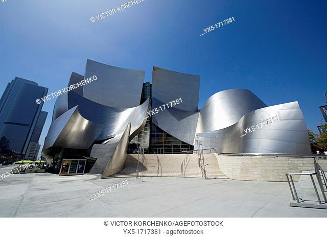 Walt Disney Concert Hall by Frank Gehry in Los Angeles