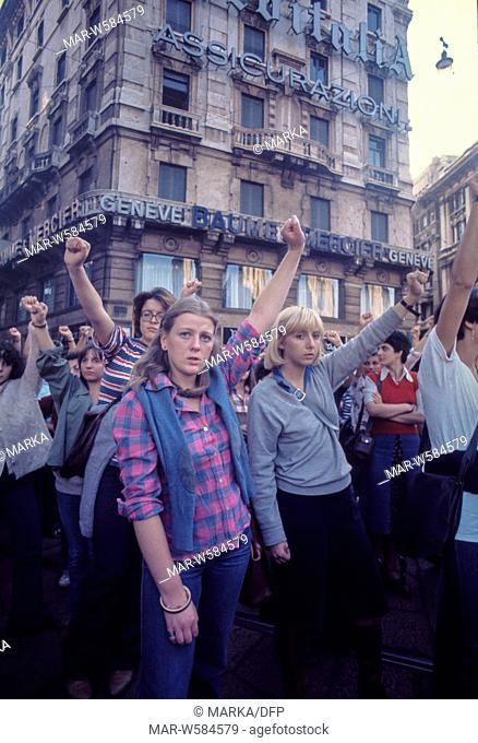femminist demonstration in geneve, 70's