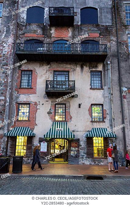 Savannah, Georgia. East River Street. Local Art Gallery