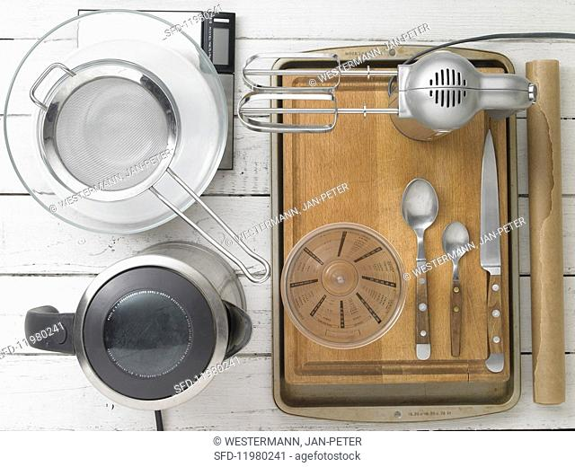 Kitchen utensils for making quark dough rolls with seeds