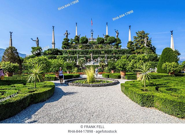 View of Floral Fountains, Isola Bella, Borromean Islands, Lake Maggiore, Piedmont, Italian Lakes, Italy, Europe