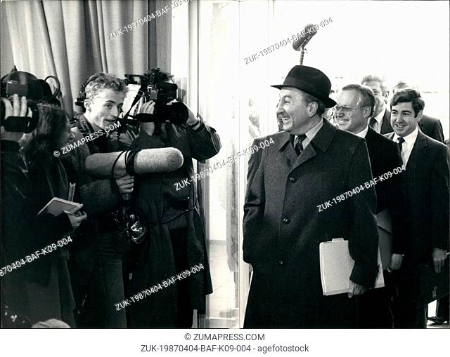 Apr. 04, 1987 - Geneva Nuclear arms talks : U.S. arms negotiator Max Kampelmann enters the Soviet mission on Monday in Geneva, Switzerland