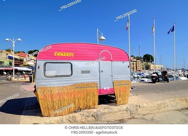 Pink Caravan Carry-le-Rouet Provence France