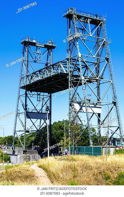 old fashioned lifting bridge at Boskoop, Holland