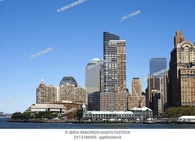 Skyline of Lower Manhattan, financial districk, New York city, USA