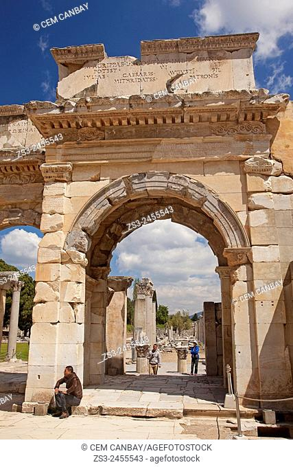 Framed view to the south gate Agora near the library of Celsus at the Roman ruins of Ephesus, Efes, Selcuk, Kusadasi,Turkey, Europe