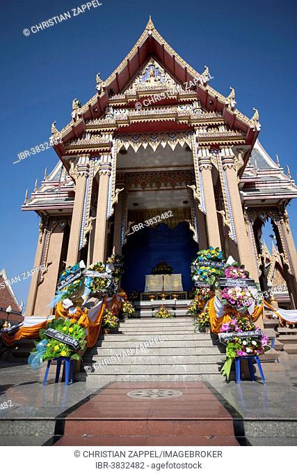 Wat Pom decorated for a royal burial, crematorium, Samut Sakhon, Thailand