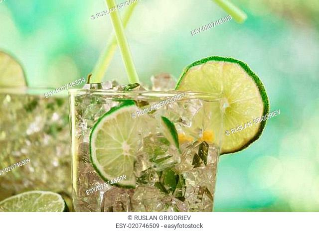 Mint and lime refreshing summer cocktails
