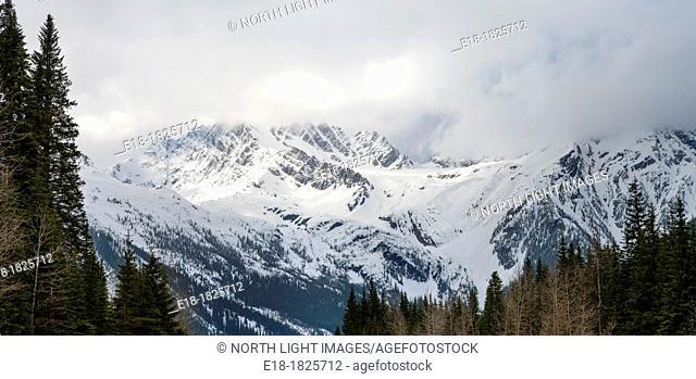 Canada, BC, Glacier National Park  Glacier covered mountains