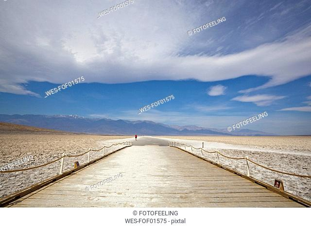 USA, California, Death Valley, Tourist at Badwater