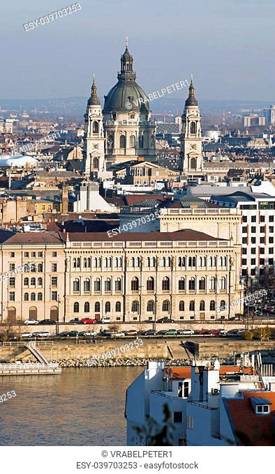 Saint Stephens Basilika (Szen Istvan Bazilika) in the capital City Budapest, Hungary