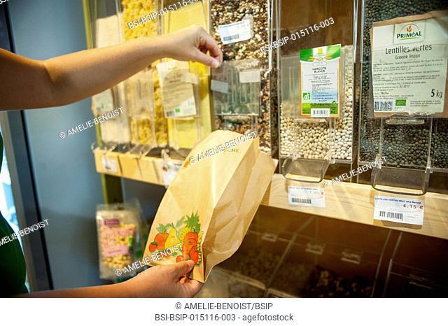 Health food shop. Bulk self-service